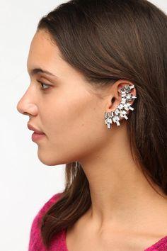 nOir Jewelry Creeper Earring