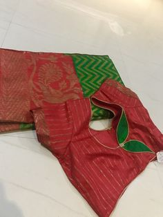 Brocade Blouse Designs, Patch Work Blouse Designs, Saree Blouse Neck Designs, Simple Blouse Designs, Stylish Blouse Design, Designer Blouse Patterns, Saree Blouse Patterns, Sarees, Decoration