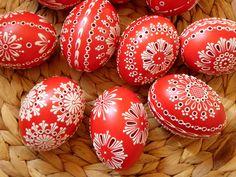 Japan Garden, Egg Decorating, Paint Designs, Easter Eggs, Decoupage, Holidays, Spring, Painting, Hardanger