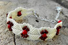 Macrame Handknotted bracelet red and white by MarieksJewelry