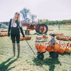 stylishblogger:  Pumpkin patching with Land's End today on my blog!!  @landsend by amberfillerup