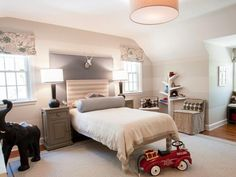 SIMPLE WHITE BEDROOM FOR A CHILD