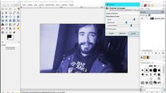 """""""Mi  Gimp-retrato"""". Práctica 1. Ejercicio 11. Experimentando. Para empezar he ido a la pestaña Imagen-Modo-RGB.  Posteriormente he pinchado en Colores-Colorear y he puesto los niveles que se muestran en la imagen."""