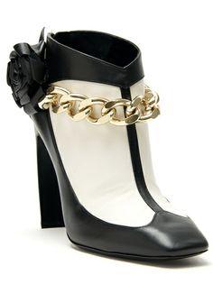 4f45fb38b8e4 NICHOLAS KIRKWOOD - flower chain bootie 5 Designer Shoes On Sale