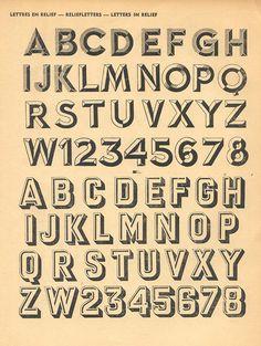 Belgian specimen book 100 Alphabets Publicitaires from Éditions Caboni Bruxelles. #typography