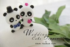 Cake toppers. Panda style! -- this is my favorite thing ever!