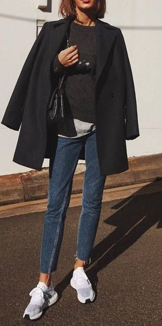 fall casual outfit_coat + sweater + jeans + sneakers
