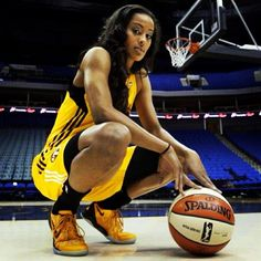 Skylar Diggins and Brittney Griner move WNBA forward - senior pics - Sport Sport Basketball, Basketball Senior Pictures, Basketball Shooting, College Basketball, Basketball Humor, Basketball Shirts, Basketball Videos, Basketball Players, Softball Pictures
