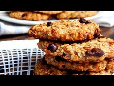 Chocolate Chip Cookies recipe (flourless) only Oatmeal, Banana & Chocolate! Cookie Recipes, Dessert Recipes, Desserts, Healthy Sweet Snacks, English Food, Yummy Cookies, Sin Gluten, Chocolate Chip Cookies, Gluten Free Recipes