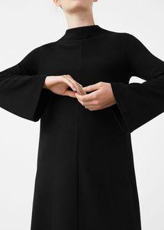Vestido manga acampanada - Vestidos de Mujer | MANGO España