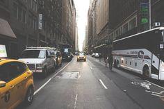 Vita da pendolare: 6 modi per rilassarti mentre vai a lavoro: Ascolta un podcast