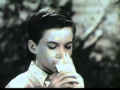 1950s commercial Bordens Milk, 50s commercials