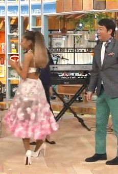 Ariana Grande — lavendertitties:   The outfit from all the angles