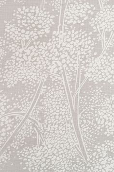 Woodsford Linen Fabric Light grey Linen fabric with large white floral print. Suitable for Upholstery, Curtains and Soft Furnishings.