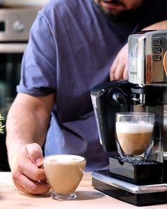 Acum câteva săptămâni vă povesteam că îmi doresc să fac o serie de rețete video cu cafea. Prima este deja pe youtube. Pentru următoarele rețete, ni s-a alăturat și Espresso, Coffee Maker, Instagram Posts, Youtube, Espresso Coffee, Coffee Maker Machine, Coffee Percolator, Coffeemaker, Espresso Drinks