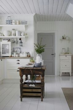 Off the Hinge   gray door white interior   Bayer Built Woodworks