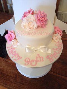 90th Birthday cake 90th Birthday Cakes, Fancy Cakes, Birthday Decorations, Cake Ideas, Special Events, Cake Decorating, Wedding Cakes, Sweet, Desserts