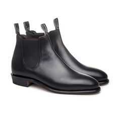 RM Williams Yearling Adelaide Womens Black Hype DC brings the latest Australian made R. Williams boots for Women: the Yearling Adelaide. One piece leather construction and slip on design. Leather Boot Care, Leather Boots, Rm Williams, Garden Route, Toe Shape, Black Boots, Chelsea Boots, Shoe Boots, Men's Boots