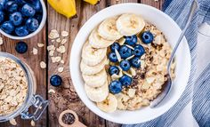Is oatmeal healthy? Here's what we know about oatmeal nutrition and benefits. Healthy Snacks, Healthy Eating, Healthy Recipes, Healthy Carbs, Healthy Options, Diet Recipes, Clean Eating, Low Gi Breakfasts, Granola