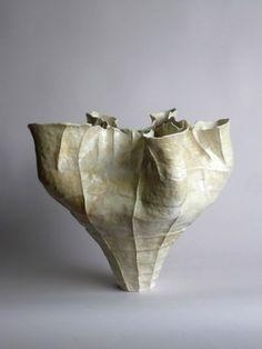 Young Mi Kim: Ceramic Vessel #7 • Ceramics Now - Contemporary ceramics magazine