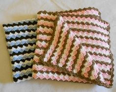 Waves of color:  Easy baby blanket to crochet (Photos)