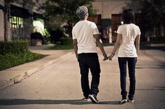 awwww, it's almost like the sweet skater couple from my book!