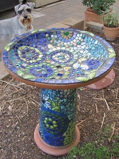 crafts made from mosaic | CRAFTS: Mosaic Bird Bath