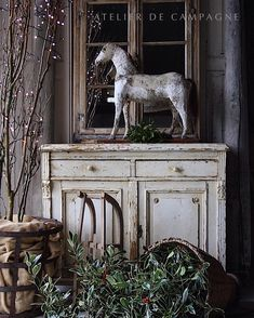 The beauty of simplicity. (All items have been sold) Rustic French, French Country Style, French Decor, Christmas Love, Country Christmas, Heinrich Heine, Painted Cottage, Gloomy Day, Primitive Christmas