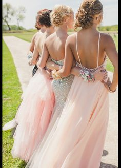 I want my bff at my wedding prom pics, homecoming group pictures, prom grou Homecoming Pictures, Prom Photos, Homecoming Dresses, Bridesmaid Dresses, Wedding Dresses, Prom Pics, Bridesmaid Corsage, Prom Girl Dresses, Wedding Bride