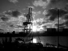 Puerto de Las Palmas. Gran Canaria     : Amaneciendo en Black and White ...Fuerteventura