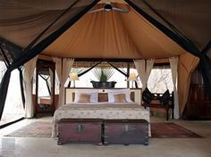 deluxe luxury safari - safari totally and since its a bucket list why not go luxury baby!