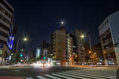 https://flic.kr/p/zjS7dp   Harvest Moon - 中秋の名月   昨夜9/27、Perfumeライブの帰り道に見た中秋の名月(満月ではなかったらしいが…)。武道館を出た頃は雲がかかっていたが歩いているうちに、撮ってくれと言わんばかり快晴に。  CANON EOS 7D + EF-S10-22mm F3.5-4.5 USM  #cooljapan #100tokyo #tokyo #TokyoPhoto #moon