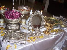 Iraqi wedding table, this is an Iraqi tradition