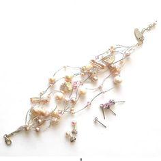 Helmirannekoru - Julian Korulipas Pearl Jewelry, Glass Beads, Helmet, Ivory, Pearls, Crystals, Bracelets, Silver, Gold