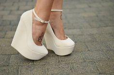 Самые красивые белые туфли