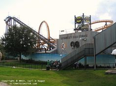 Batman The Escape - Six Flags AstroWorld (Houston, Texas, USA) Sadly  AstroWorld was torn down! :(