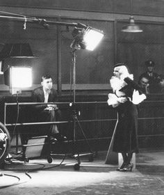 Clark Gable and Jean Harlow on the set of Hold Your Man, 1933