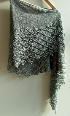 "Witches Mountain's ""Novembernebel"" version of the Tempest Shawlette lace knitting pattern by Tabetha Hedrick on Ravelry."