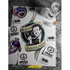 Art by Cali Bound #w33daddict #Art #CannabisArt #DrugsArt #StonerArtist #StonerArt #PsychedelicArt #DankArt #ExtractsArt #GanjaArt #MarijuanaArt #DabArt #WaxArt #ErrlArt #StreetArt #weedArt #Photos #Toiles ...