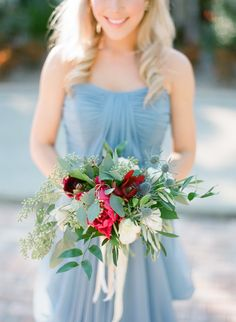 Photography: Justin DeMutiis Photography - justindemutiisphotography.com   Read More on SMP: http://www.stylemepretty.com/2015/04/28/red-french-blue-al-fresco-estate-wedding/