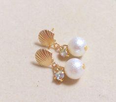 Shell & Cotton Pearl + small glass Stone ♡