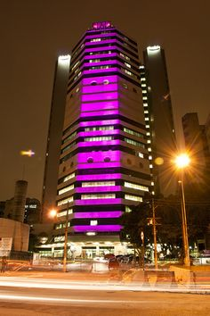 #Philips lights up Cancer Institute of Sao Paulo for #BCAM