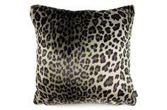 最高級の手触りSAHCOヒョウ柄ドイツ生地クッションカバー #クッション #クッションカバー #アニマル #safari #ヒョウ柄 #leopard #cushion #cushioncover #pillow