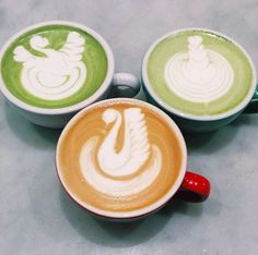 Ohh @_lartiste, what an artist you are! amazing #mixnmatcha (and regular) latte art being served up at the amazing @hardwaresociete - so much love right here! Try your own latte art using our #mixnmatcha. You can find it at www.matchamaiden.com