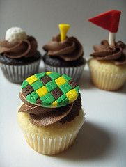 Golf wedding theme cupcakes