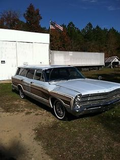Ford : Other Base Wagon 4-Door 1967 Ford Country Squire Base Wagon 4-Door 6.4L automatic trans - http://www.legendaryfind.com/carsforsale/ford-other-base-wagon-4-door-1967-ford-country-squire-base-wagon-4-door-6-4l-automatic-trans/