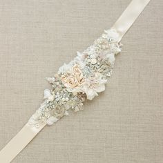This is such an elegant bridal sash! Bridal sash Wedding dress belt Narrow waist Beige by LeFlowers Wedding Dress Sash, Wedding Belts, Bridal Sash, Wedding Dresses, Bridal Belts, Bordados Tambour, Vintage Bridal, Wedding Wishes, Floral Wedding