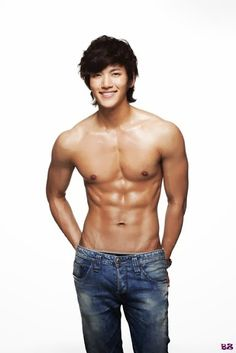 10 Korean celebrities who should be the next Calvin Klein model instead of Justin Bieber: Ji Chang Wook from Healer