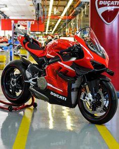 Ducati Superbike, Ducati Hypermotard, Motogp, Nitro Circus, Porsche, Audi, Triumph Motorcycles, Touring Motorcycles, Monster Energy
