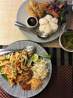 Pho, Vegan, Japchae, Bangkok, Ethnic Recipes, Food Food, Vietnamese Summer Rolls, Thai Dishes, Waffle Iron